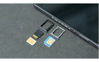 How To Insert Memory Card - Huawei Ascend P7