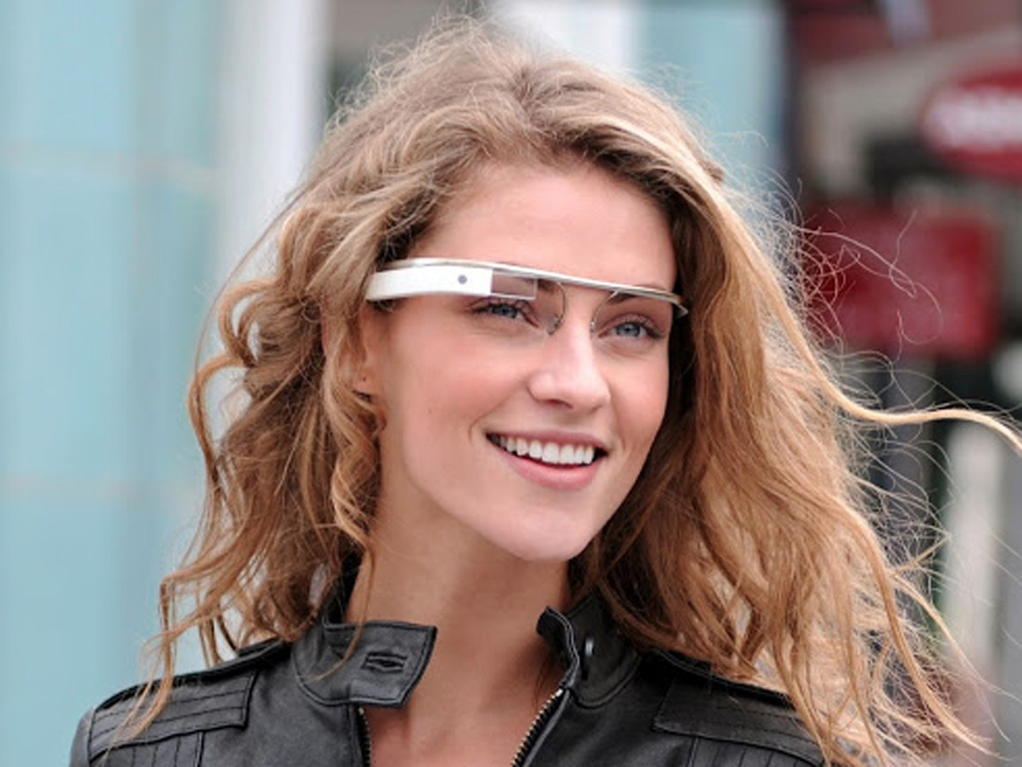 Google Glass Can Display Phone Notifications Now