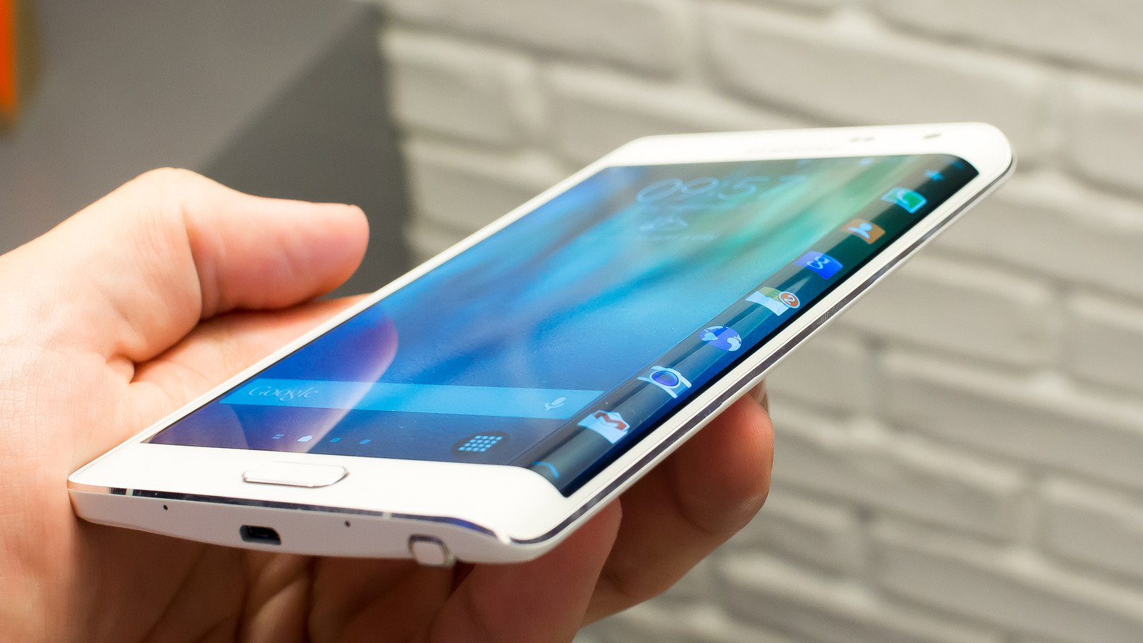 Samsung Galaxy Note Edge Outperforms Galaxy Note 4 In Benchmarks