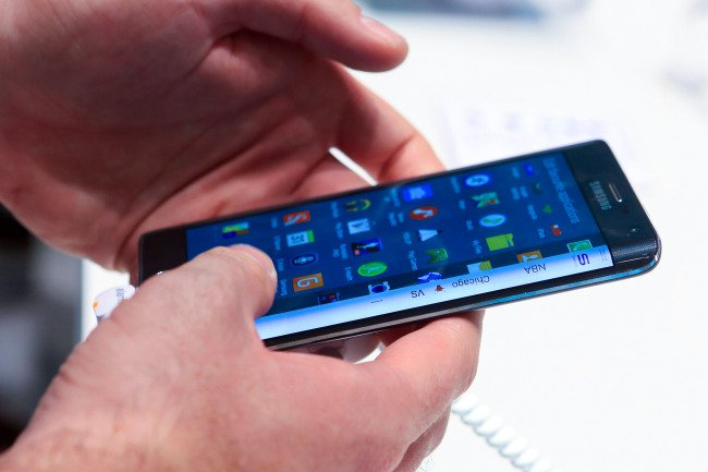 Samsung Galaxy Note Edge Available For UK Pre-Order On Nov 14