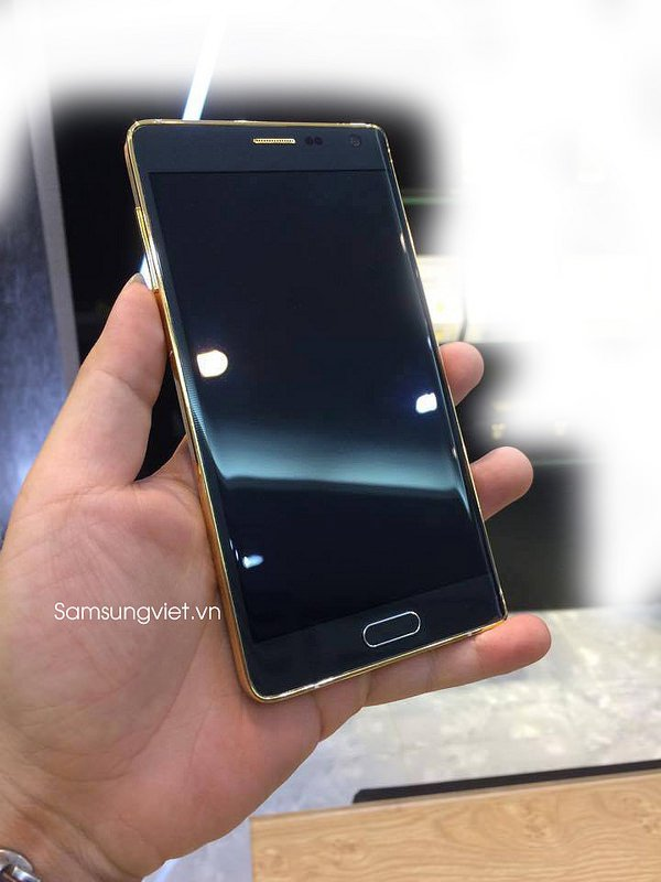 Gold Plated Galaxy Note Edge Appears In Vietnam