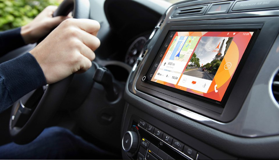 Parrot's New Android Powered Dashboard Also Does Apple CarPlay
