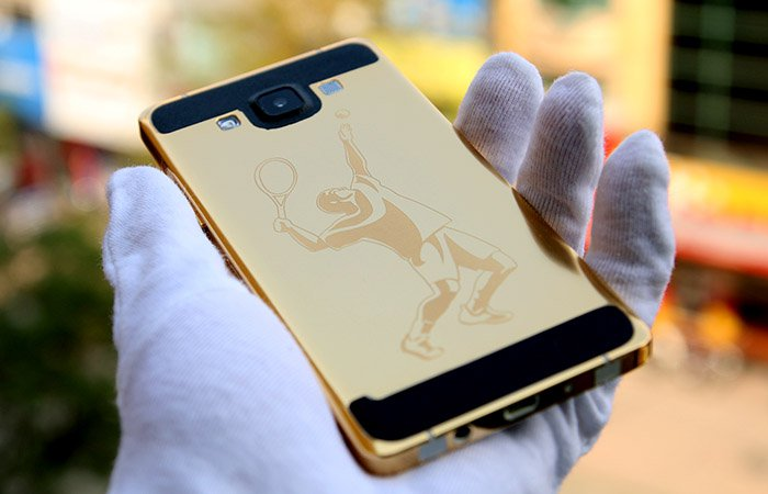 Samsung Galaxy A5 Get A Gold Bath