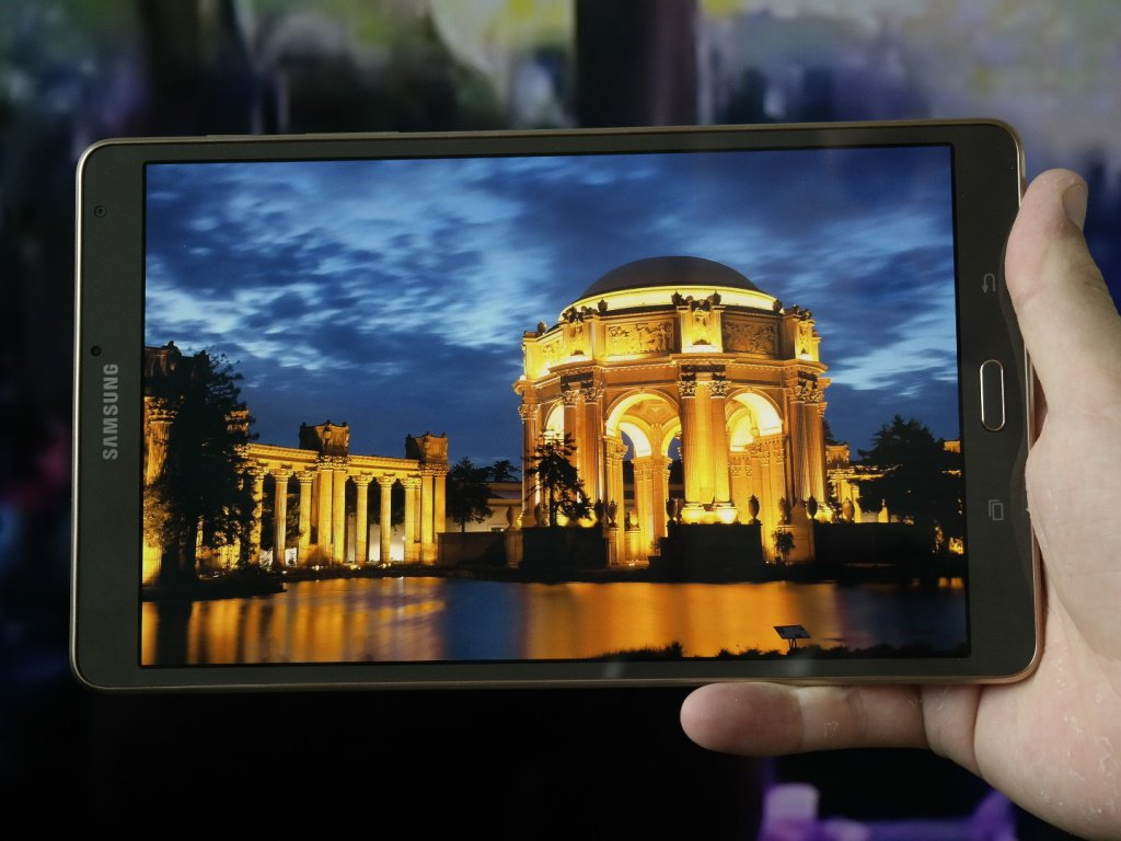 Samsung Galaxy Tab S2 Will Be Thinner Than iPad Air 2